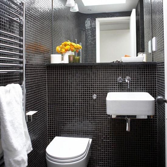 Banheiros Decorados com Pastilhas Pretas