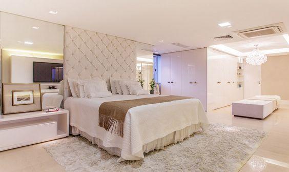 decoracao banheiro no quarto:Decoração de Quarto de Casal com Closet e Banheiro: FotosSó Decor