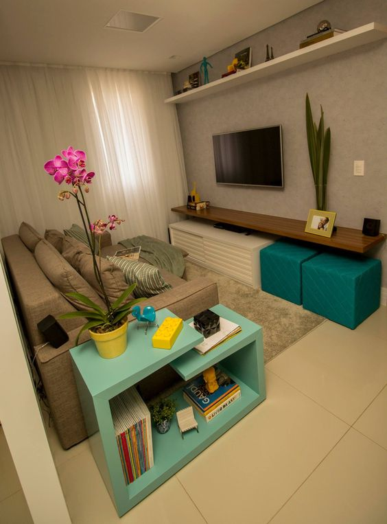 Decora o de salas pequenas e estreitas modelos fotoss - Salones pequenos decorados ...
