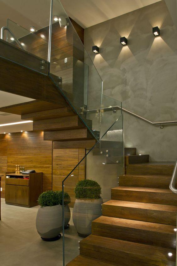 Escadas de Madeira Residenciais Internas Modelos, Fotos