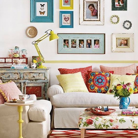Ideias Para Sala De Estar Baratas ~ Sala de TV e sala de jantar integradas com decoração barata e