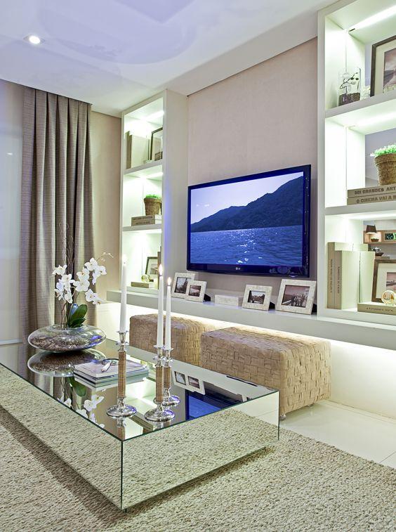 de decoração de luxo para final de corredor de apartamento pequeno