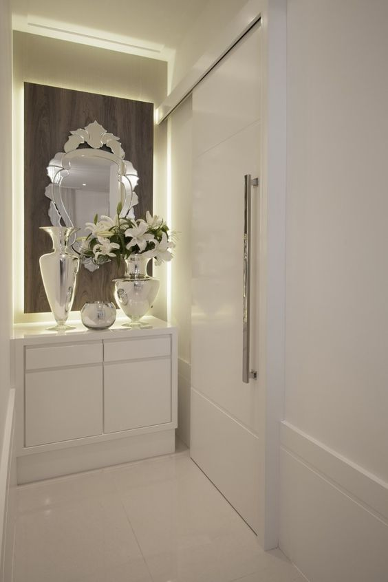 decoracao de apartamentos pequenos de luxo: de decoração de luxo para final de corredor de apartamento pequeno