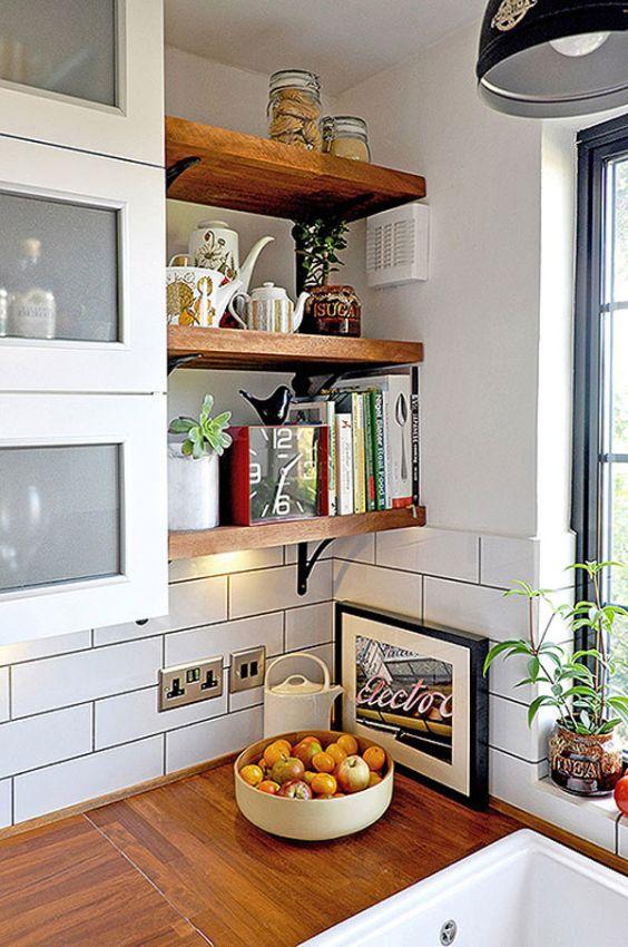 Fotos de cozinhas decoradas com prateleiras - Mensole cucina country ...
