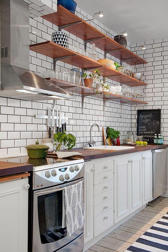 Fotos de cozinhas decoradas com prateleiras for Repisas rusticas para cocina