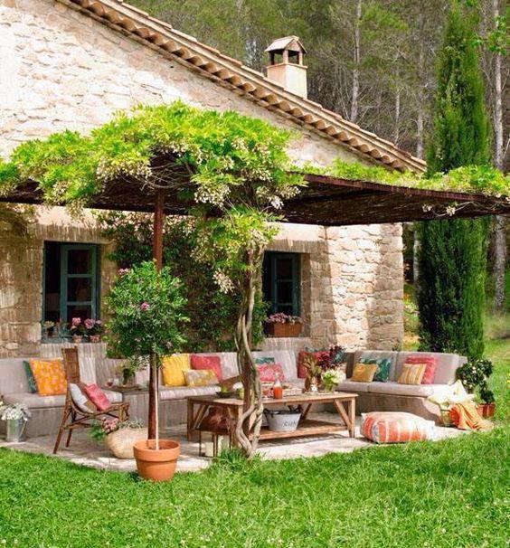 25 modelos de pergolado para jardim for Decoracion jardines exteriores rusticos