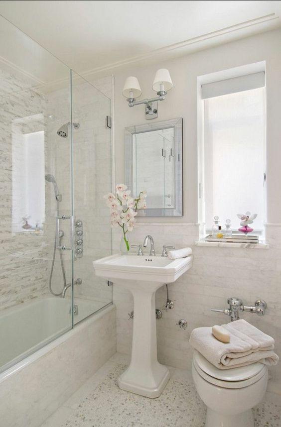 Decoração de Banheiros Simples e Bonitos 20 FotosSó Decor -> Banheiros Simples E Arrumados