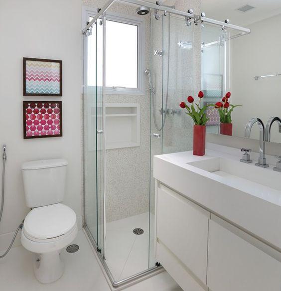 Decoração de Banheiros Simples e Bonitos 20 FotosSó Decor -> Decoracao Para Banheiro Pequeno Simples