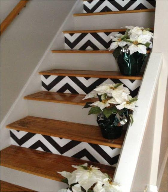 Decoração de Escadas com Papel de Parede