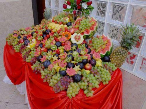Decoraç u00e3o de Mesa de Frutas para Natal 25 Fotos Inspiradoras!Só Decor -> Decoração Mesa De Frutas Natal Simples