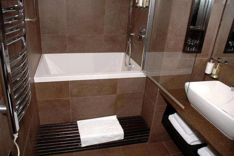 28 Projetos de Banheiros Pequenos e ModernosSó Decor -> Banheiros Modernos E Pequenos
