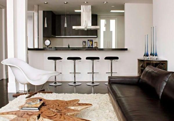 Decoração de sala de estar pequena com cozinha