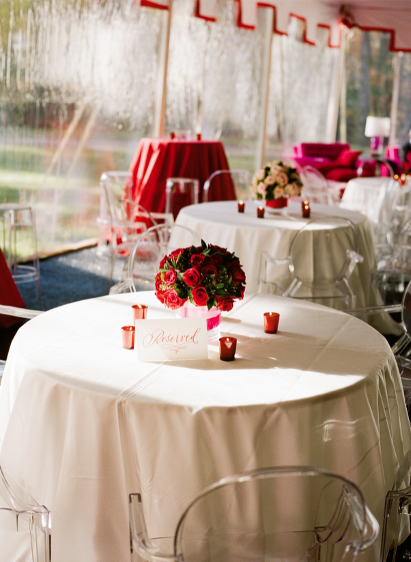 Dicas de Decoração de Casamento Vermelho e Branco Simples
