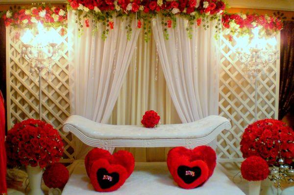 Decoraç u00e3o de Casamento Vermelho e Branco SimplesSó Decor -> Decoração De Casamento Vermelho E Branco Simples Na Igreja