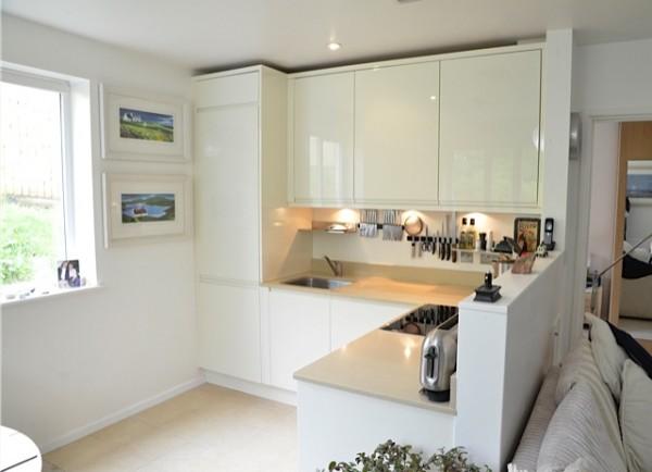 cozinha integrada branca