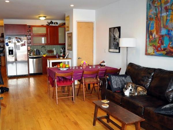 cozinha integrada bem colorida