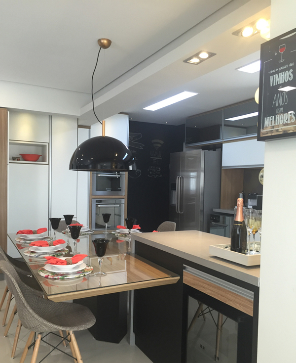 cozinha integrada preta