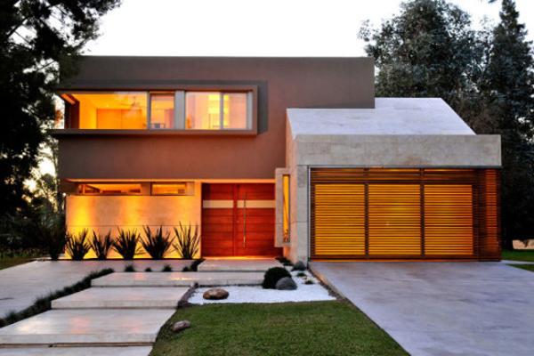 fachada de casa com iluminação
