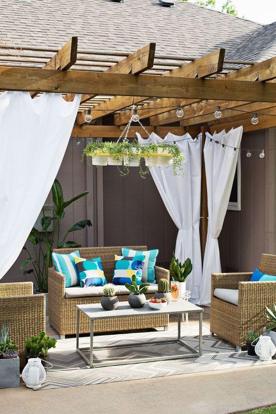 cortinas na pergola de madeira