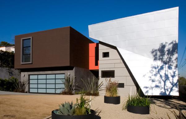 fachada de casa colorida