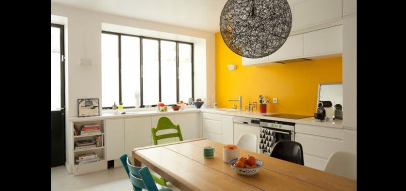 cozinha planejada colorida