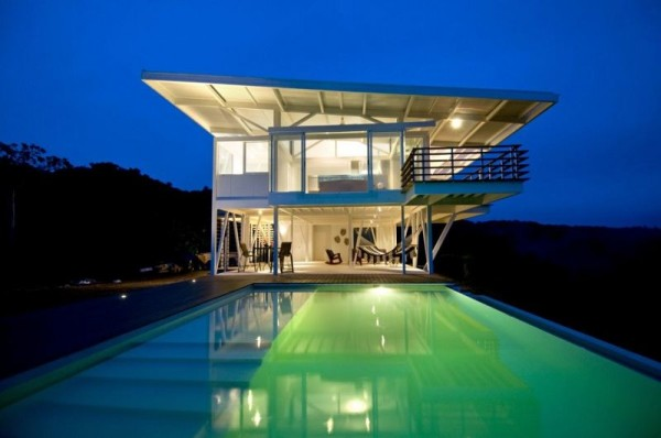 fachada de casa transparente