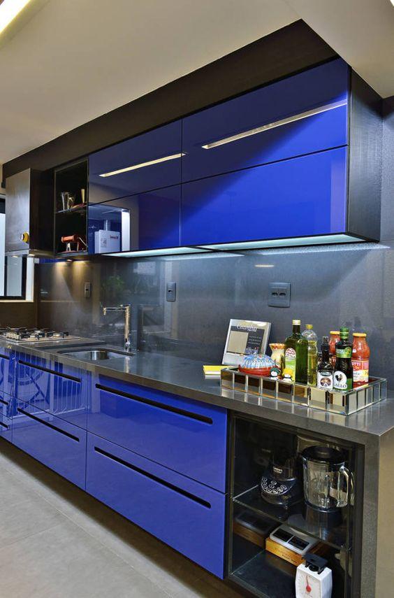 cozinha com armario