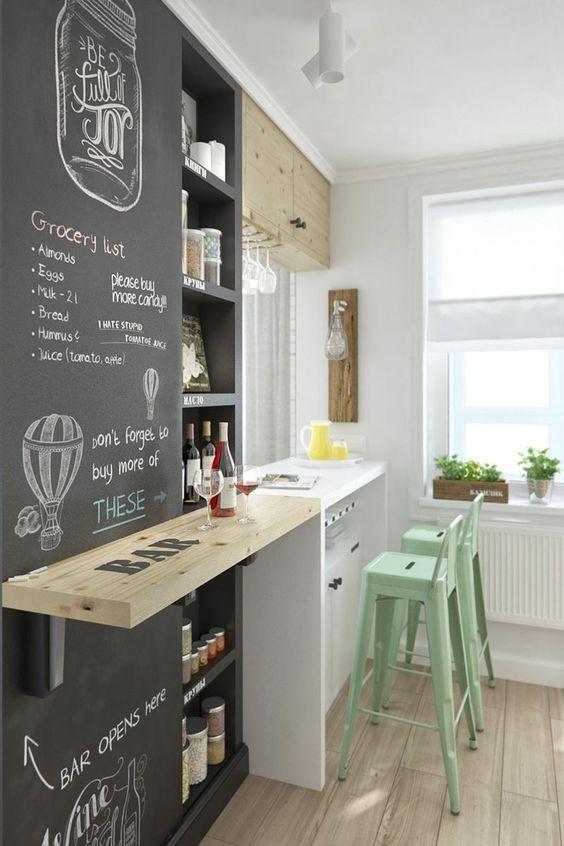 cozinha com balcao de madeira