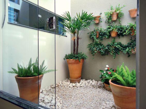 jardim interno com vasinho