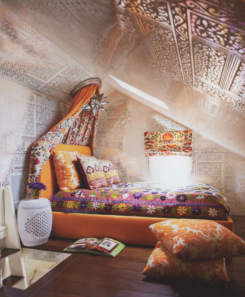 quarto com estilo hippie com mix de estampas