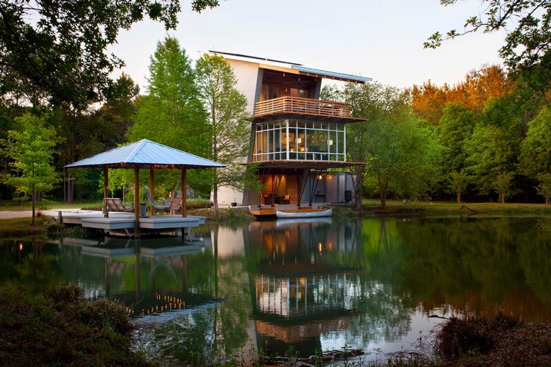 casa linda no lago