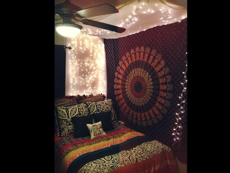 quarto com estilo hippie comum