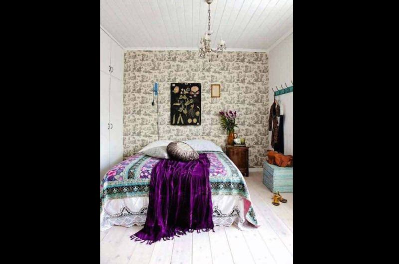 quarto com estilo hippie chic estampado