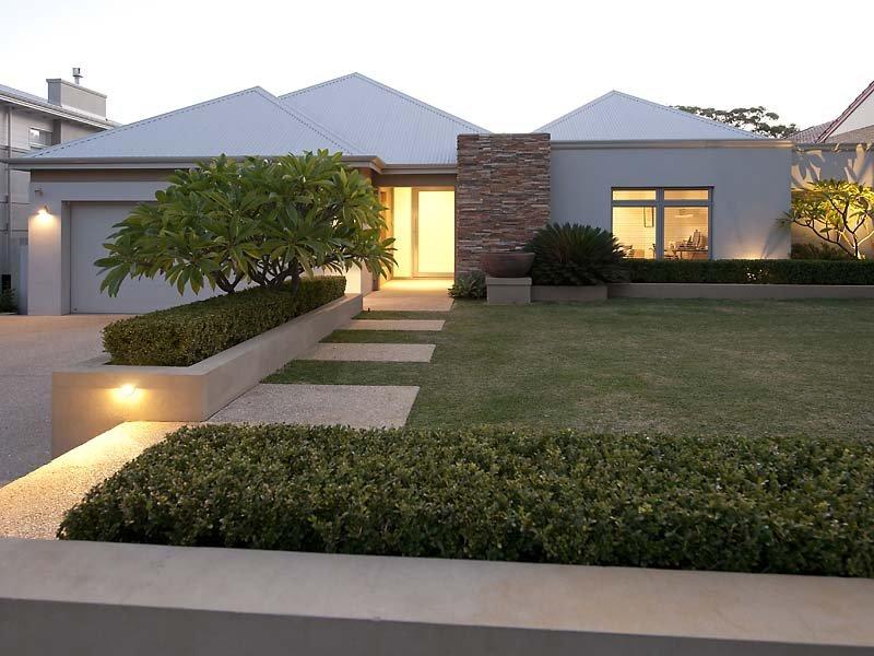casa linda terrea com jardim