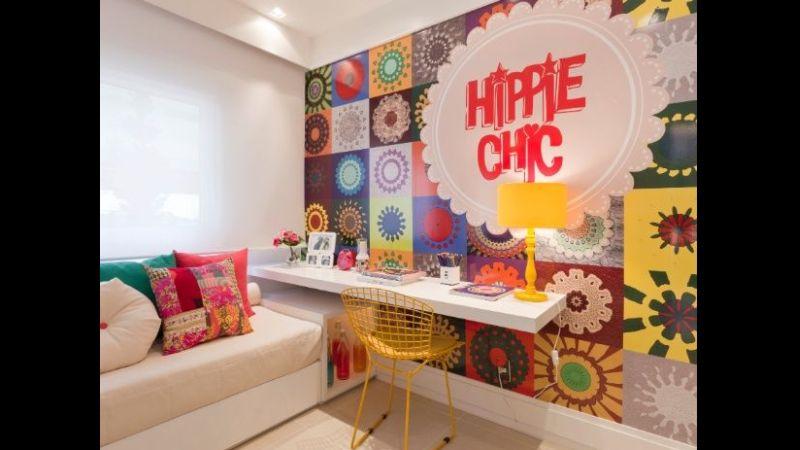 quarto com estilo hippie com painel