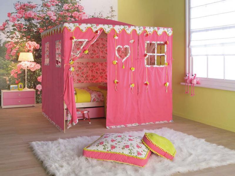 quarto infantil com cama casinha