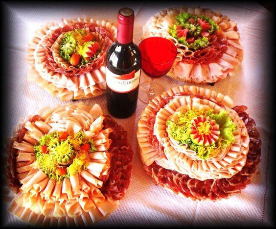 mesa de frios com vinho