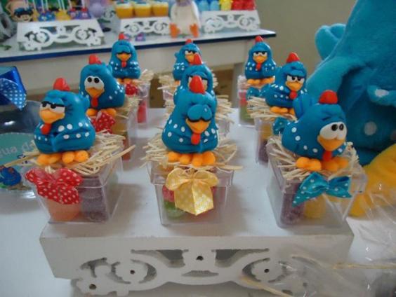 festa da Galinha Pintadinha com biscuit