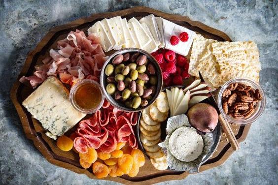 mesa de frios azeitona