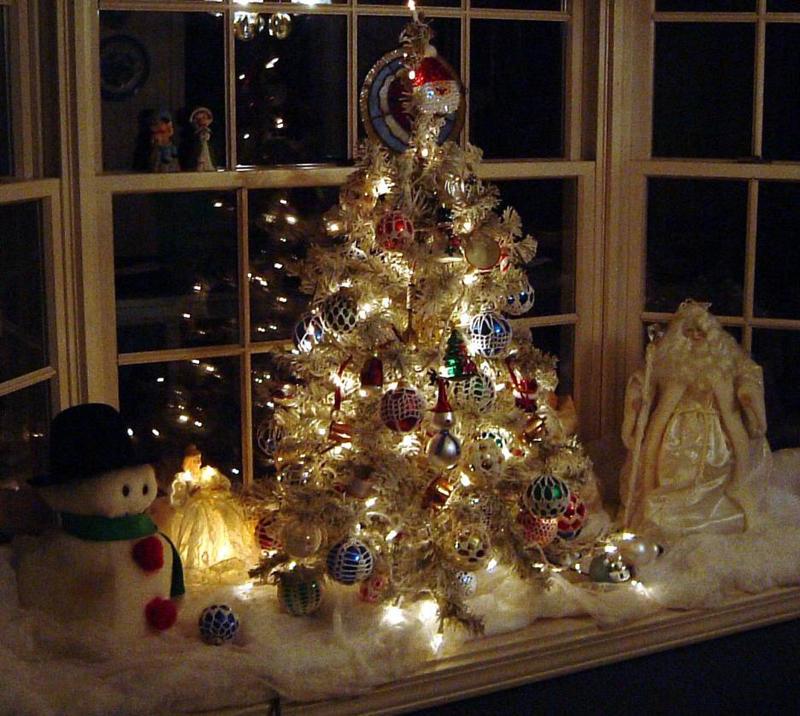 pinheiro natalino na mesa