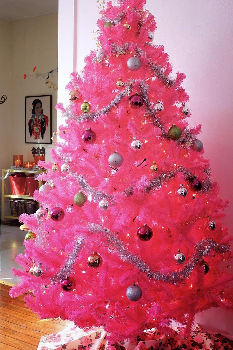 pinheiro natalino pink