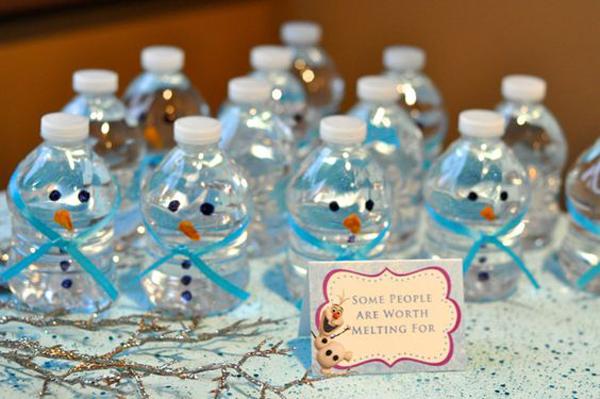 festa Frozen água