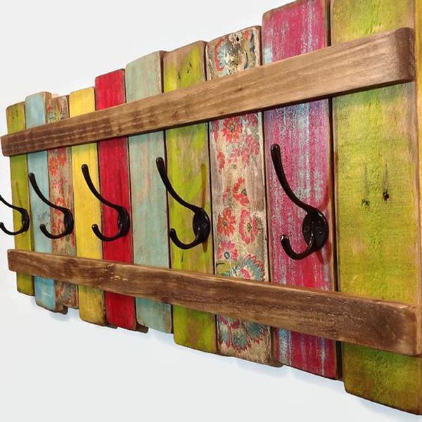 Artesanato em madeira cabide