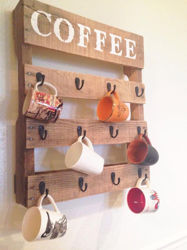 Artesanato em madeira cafe