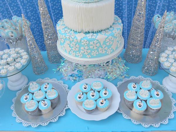 festa Frozen bolinho