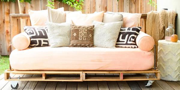 Artesanato em madeira sofa