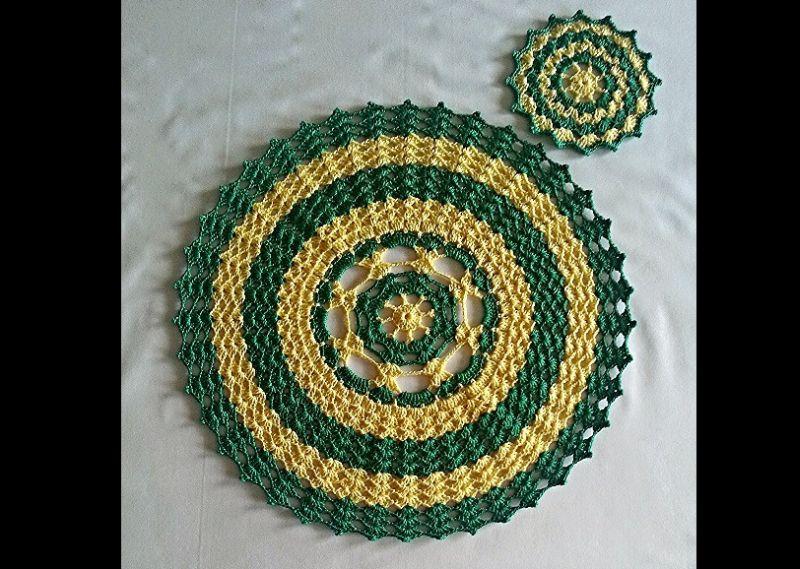sousplat em croche verde e amarelo