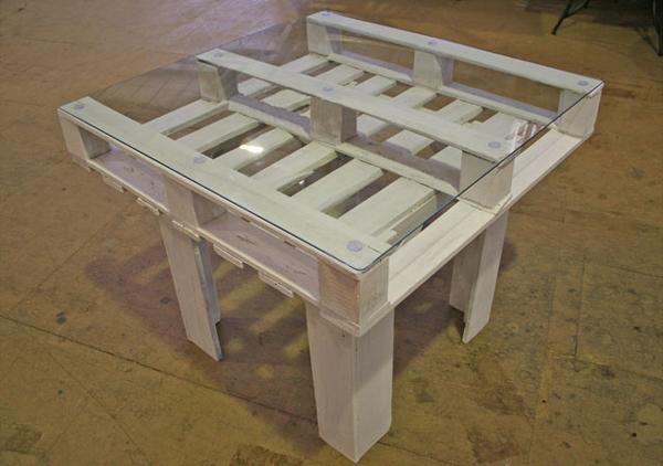Artesanato em madeira mesa com vidro