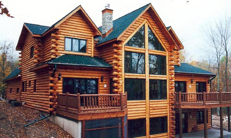 casa com madeira sofisticada