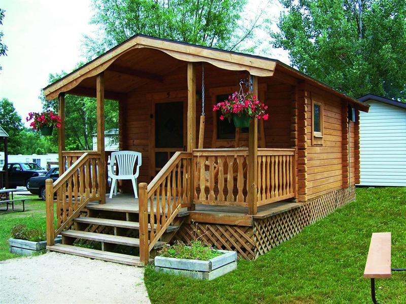 casa com madeira escada